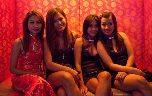omat seksivideot eden club bangkok